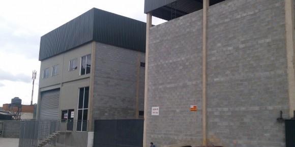 Barueri – Execução e Gerenciamento de 2 Galpões com 850,00 m² cada