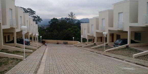 Santana de Parnaíba – Execução e Gerenciamento de 15 residências
